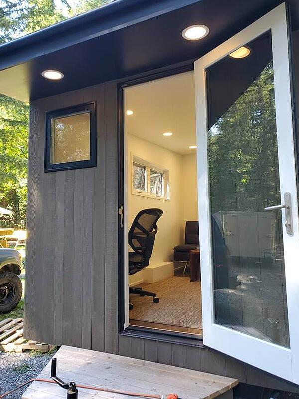 The-Outpost-Mobile-Office-by-Walker-Design-Build-006